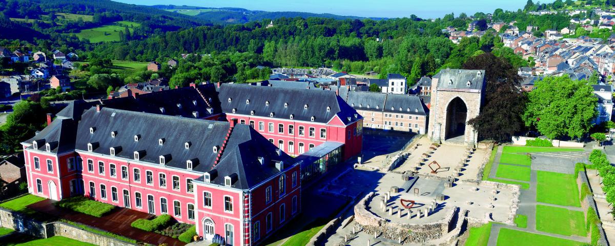 Abbaye de Stavelot vue du ciel