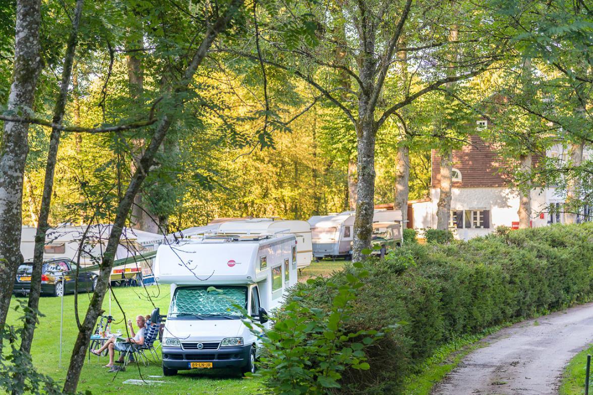 camping-de-challes-stavelotcpam.jpg