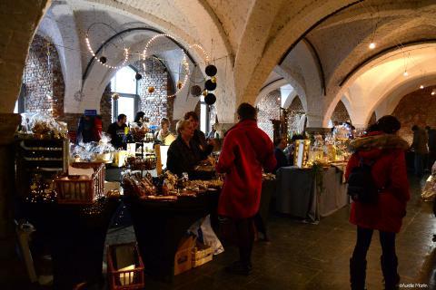 Weihnachtsmarkt in der Abtei von Stavelot